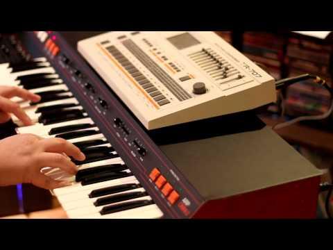ARP Omni-2 and Roland TR-707 - 1980s Dark style