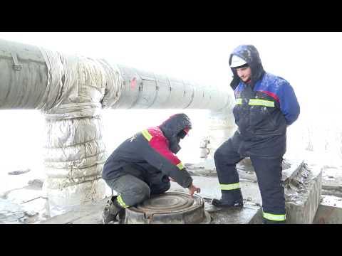 Приём против лома: люки в Новосибирске снабжают антиугонными крышками