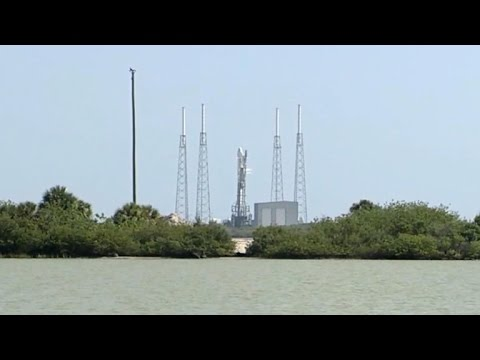 Bad weather delays Space-X launch