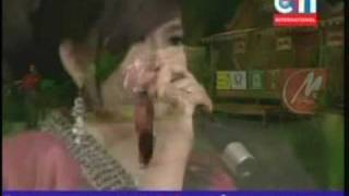 CTN Hit Songs - 8 / 20 / 09 - Jerng Maek Phor Khmao - Sarh Bopha