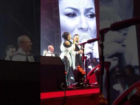 Andra&Mihai Sandel(fratele ei) canta superb
