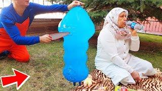 İn The Garden Balloon İn İCE PRANK! PICNIC Makes Ayse Shock Joke 11,2
