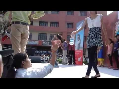 Jammu & Kashmir-College  Girl dance in party