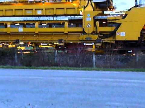 P1050179 Utskifting av sviller Togsett og mannskap Alvdal 3 juni 2015 Kl 0335