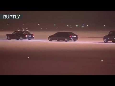 Vladimir Putin President -  Compare! Putin and Obama arrive in Brisbane for G20