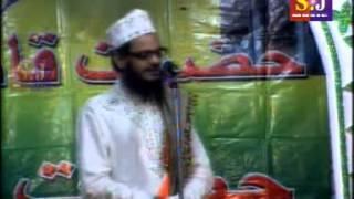 Asad Iqbal-Hogaya Baland Itna Admi Madine Me Khubsurat Kalaam HQ.