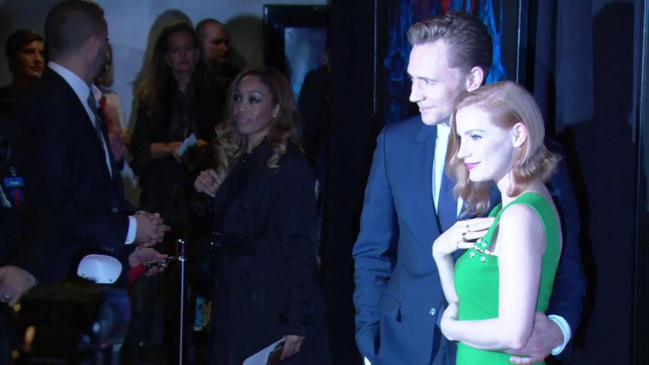 Tom hiddleston and mia wasikowska dating