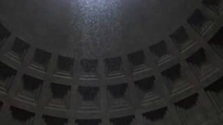 Snow at the Pantheon in Rome 12 February 2010.wmv