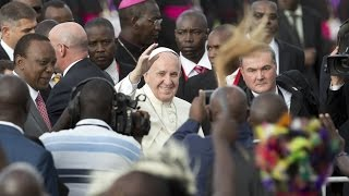 Pope Francis meets Kenyan President