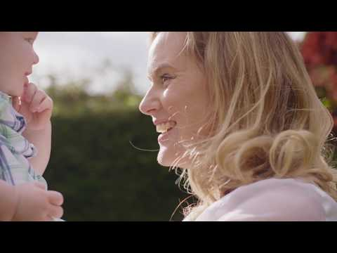 How Phonak hearing aids change lives - Life is on for Lisa