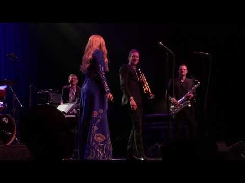 Lady Gaga & Brian Newman - Coquette (Live in Boston)