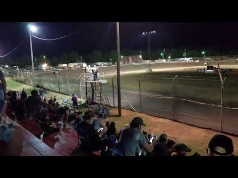 Sprint car hot laps at Superbowl Speedway