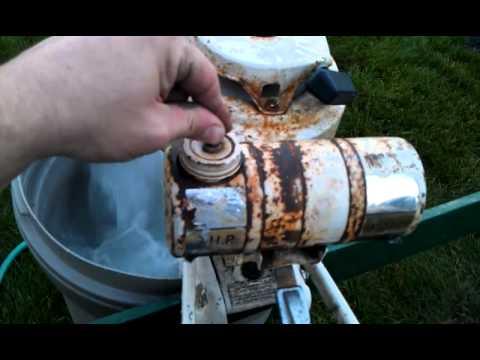 1963 eska skipper junk yard motor youtube for Outboard motor salvage yard