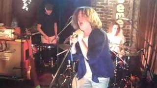 Cage The Elephant - Always Something (Live @ The Basement)
