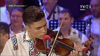Iulian Balutel 17 ani -Premiul I la Festivalul- Concurs &quotMaria Tanase&quot, editia 24, ...