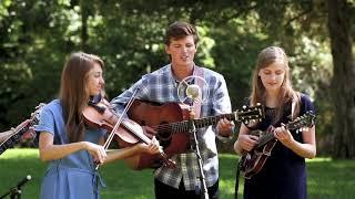Smoky Mountain Rain - The Petersens (LIVE)