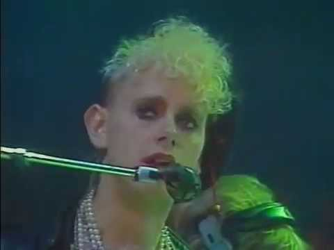 Depeche Mode - Shake the Disease (Peter's Pop Show @ Live '1985)