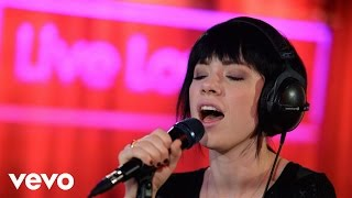 Carly Rae Jepsen - King (Years & Years cover in the Live Loung…