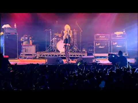 The Pretty Reckless - Factory girl @ T in the Park 2011 - HQ