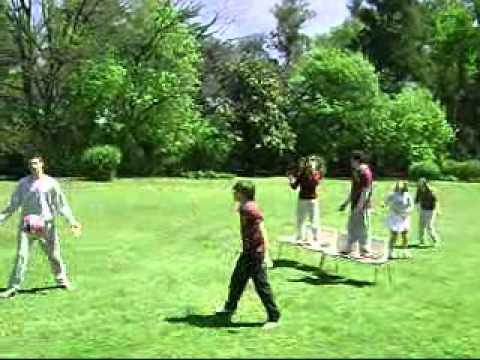 Juegos al aire libre youtube for Peces para estanques al aire libre