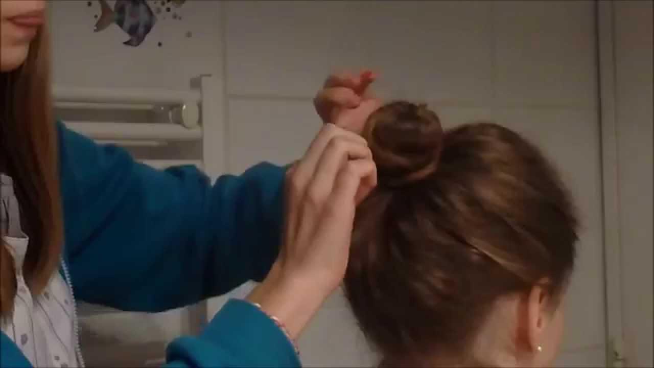 tuto n°1 - Le fameux chignon sans élastique ! (facile et rapide) - YouTube