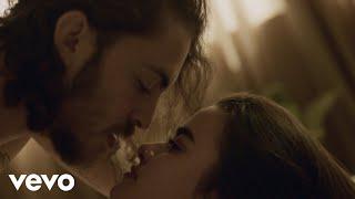 Download Dennis Lloyd - Never Go Back (Official Video)