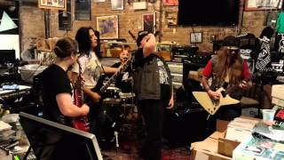 Download Texas toast chainsaw massacre live 11-14-15 Mp3 and Videos