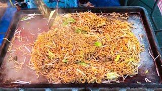 japanese street food- yakisoba 焼きそば