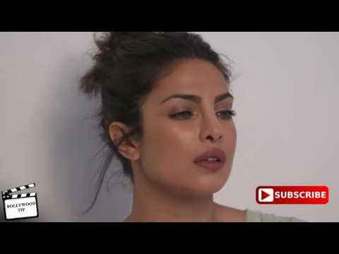 Priyanka Chopra show her boobs 1