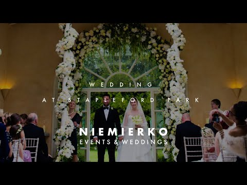 Stapleford Park, Leicestershire wedding designed by Mark Niemierko