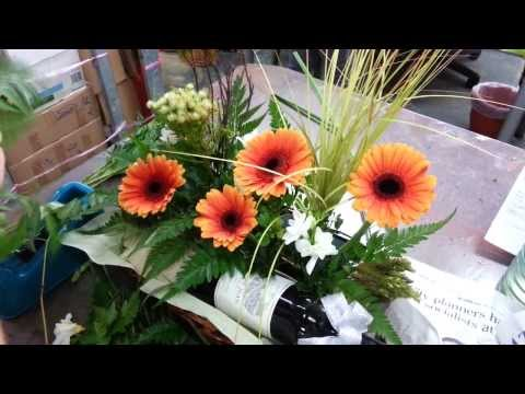 Making of Gift Hampers | Wine with Garbera, Singapore Florist