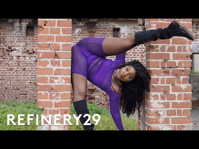How Jamaican Dancehall Queens Twerk For A Living | Style Out There | Refinery29