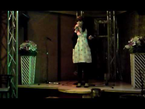 noela canta rosalinda parte 1 (karaoke rias baixas-ourense)