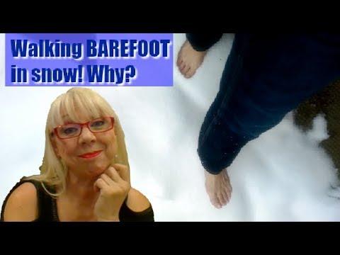 Walking In Snow Barefoot | Fun, Invigorating & Health Benefits!