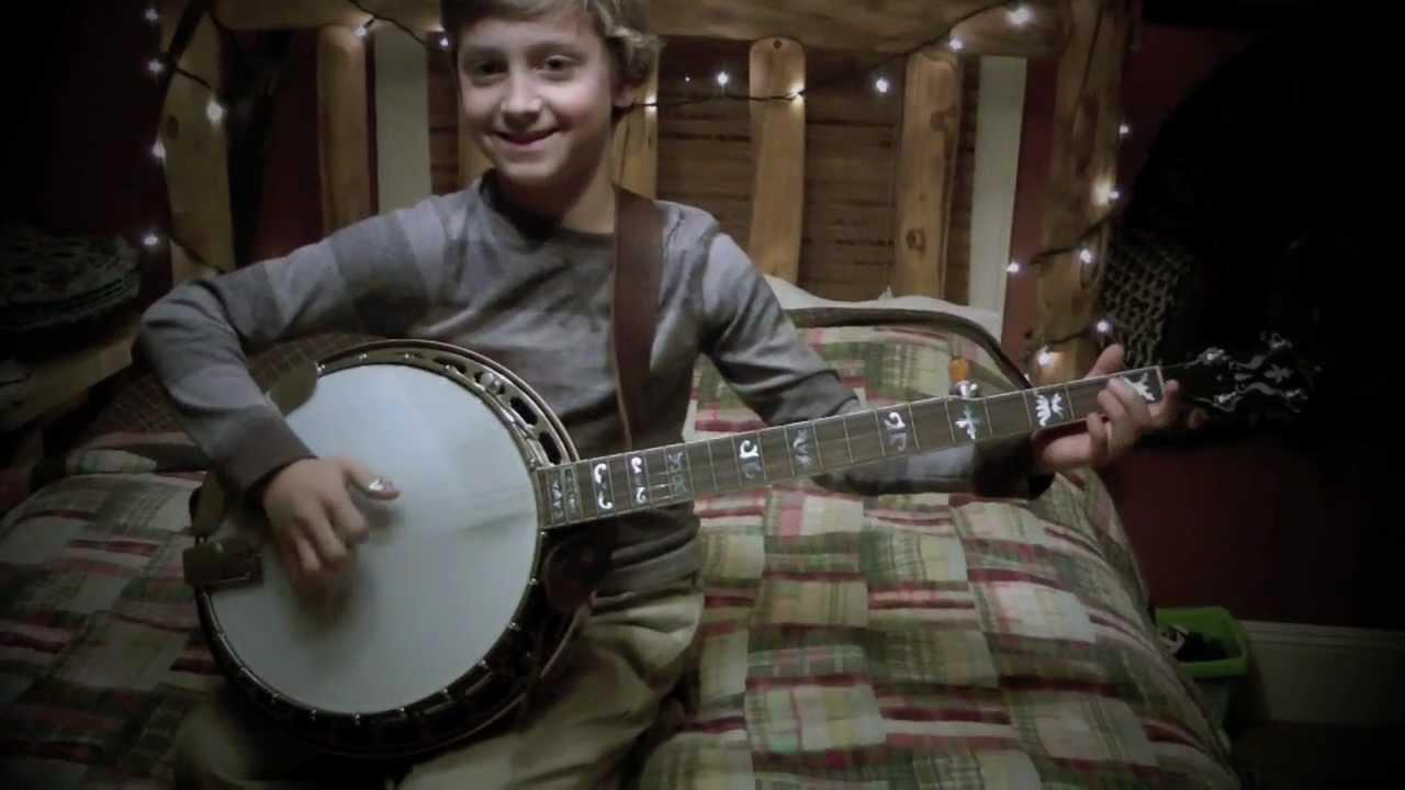 9 year old jonny mizzone sleepy man banjo boys jingle bells banjo youtube. Black Bedroom Furniture Sets. Home Design Ideas