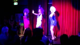 Charleze, Ménage and Bree perform