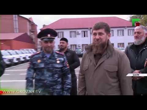Рамзан Кадыров передал новую технику силовикам