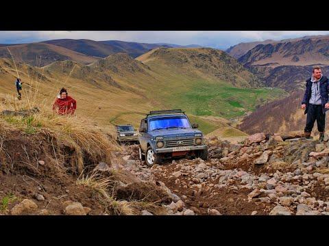 23 внедорожника на спасение Ховера. Не повторяйте чужие ошибки в горах