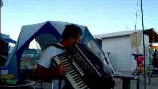 Accordionist Duckman does Dead Kennedys at Burningman 2005