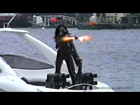 Day 12: Filming the James Bond 007 Boat Chase from TWINE