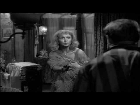 'A Streetcar Named Desire' (1951 film). Scene ten: 'blue piano'.