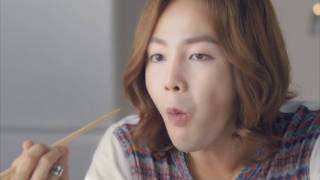 ローソンセレクト「粗挽きハンバーグ」30秒篇.