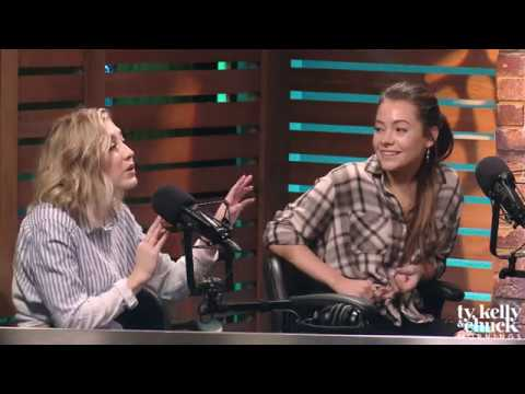 "Maddie & Tae Play ""Did They Make It?"" with Ty, Kelly & Chuck"