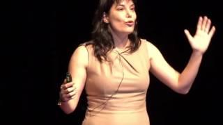 Çözüm Üretmek mi İstiyorsun? Koş! | Itır Erhart | TEDxKoçUniversity