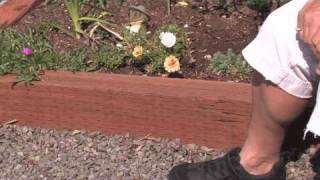 Flower & Plant Garden Care : How To Edge A Flower Bed With Wood