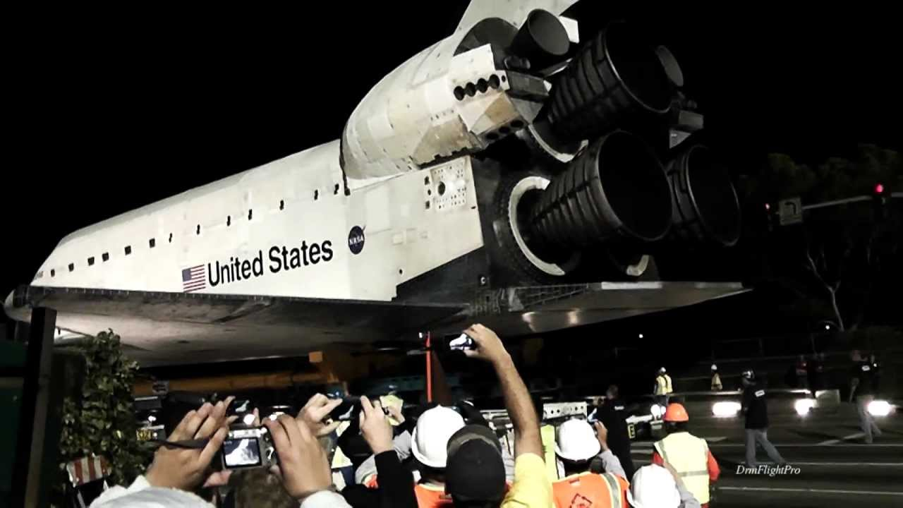 Space Shuttle Endeavour W/ 2013 Toyota Tundra for New ...