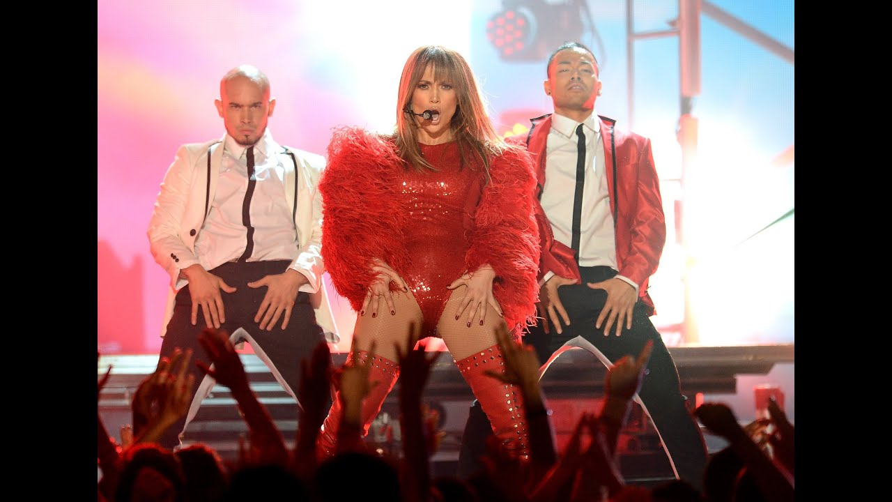 jennifer lopez pitbull perform sexy live it up at 2013. Black Bedroom Furniture Sets. Home Design Ideas