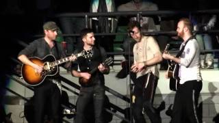 Coldplay - Speed of Sound (Acoustic in the crowd)- Live In Melbourne (HD) Multi Angle