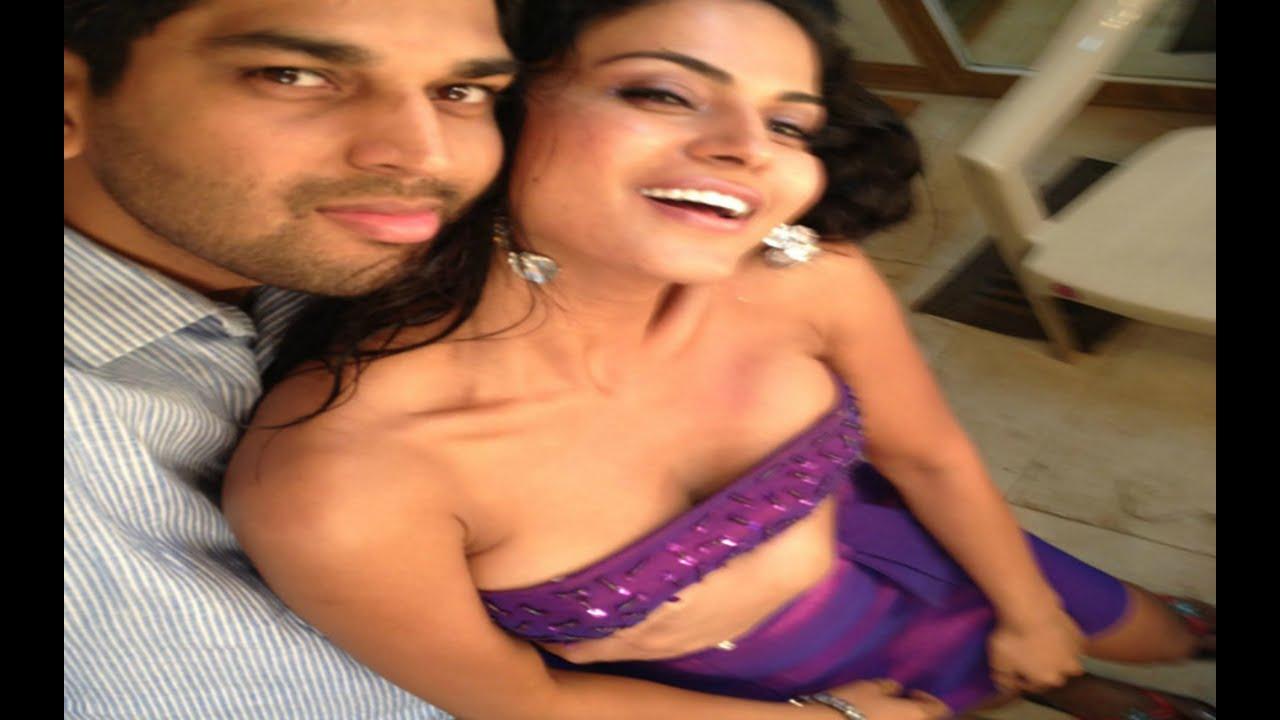 Veena Malik Making Out With Boyfriend - Youtube-1791