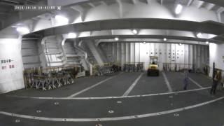 貨物船からの下船!国際コンテナターミナル・・・